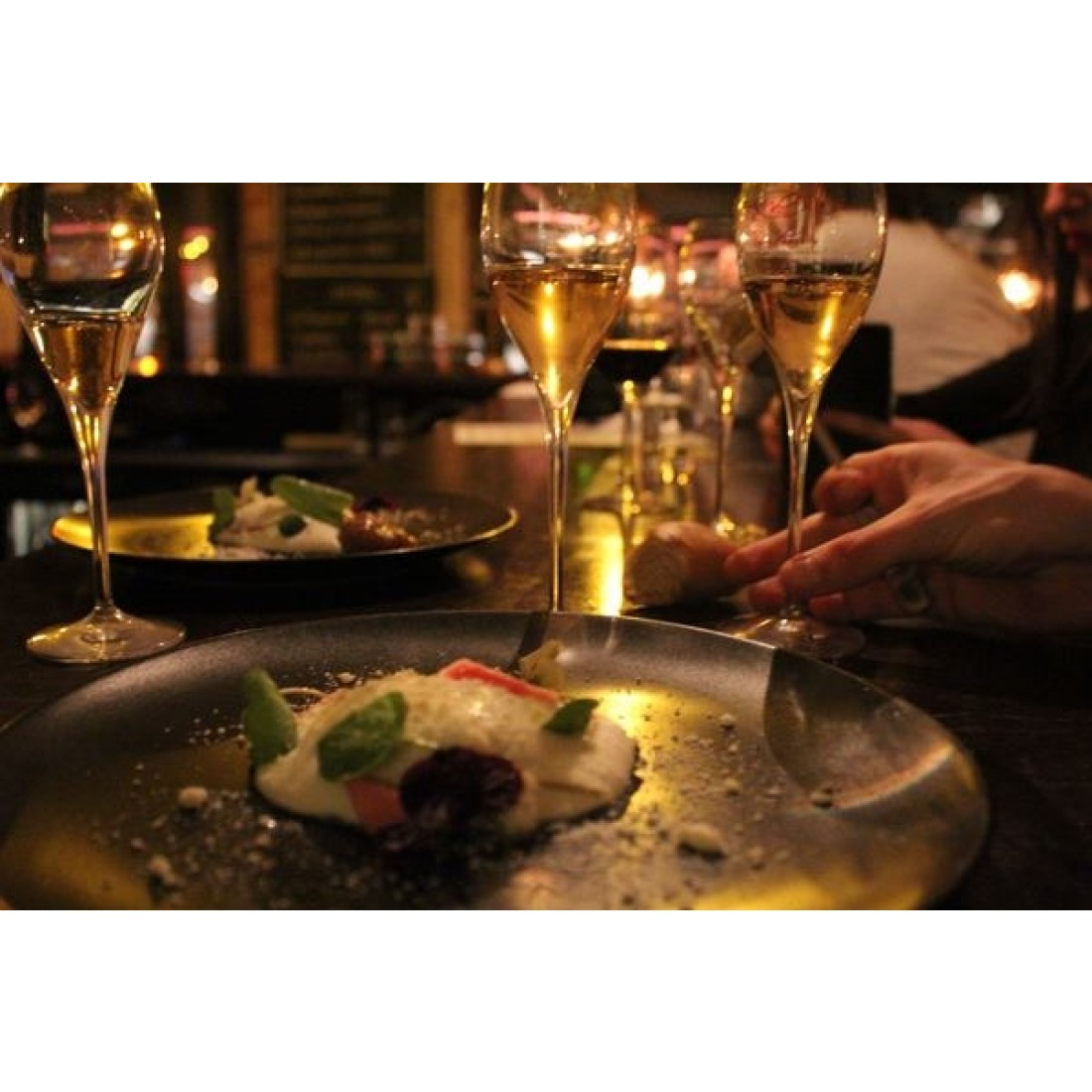 Champagnemiddag på Vesterbro Vinstue tirsdag den 23. februar kl. 18.30-31
